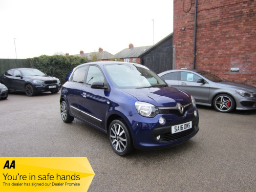 Renault Twingo  ICONIC SCE S/S GREAT SPEC ! £0 ROAD TAX ! FULL SERVICE HISTORY ! LOW
