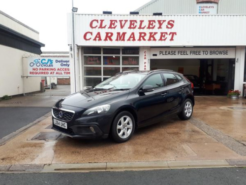 Volvo V40  1.6 D2 Diesel Cross-Country SE Automatic