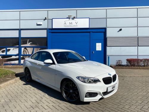 BMW 2 Series 220 220D M SPORT, White with Anthracite 18 in Alloys