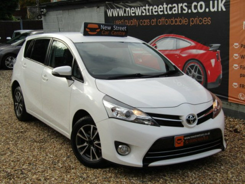 Toyota Verso  1.6 D-4D Icon ss 5dr