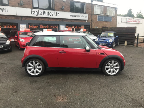 MINI Hatchback   Cooper