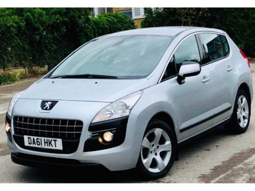 Peugeot 3008 Crossover  1.6 HDi FAP Sport 5dr