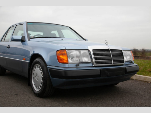 Mercedes-Benz 300  W124 300E 8000 Miles from new