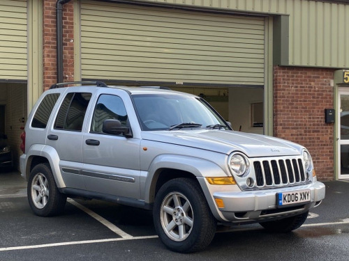 Jeep Cherokee  3.7 LIMITED V6 5DR AUTOMATIC