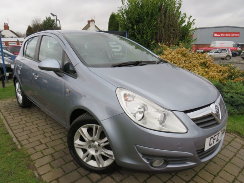 Vauxhall Corsa  1.2 SE 5d 83 BHP 12 MONTHS ONE LADY OWNER