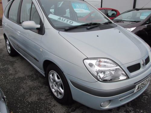 Renault Scenic  1.6 EXPRESSION 16V 5d 110 BHP