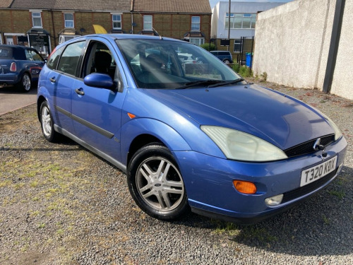 Ford Focus  1.6 ZETEC 5d 99 BHP CLICK ON PICTURE TO SEE VIDEO
