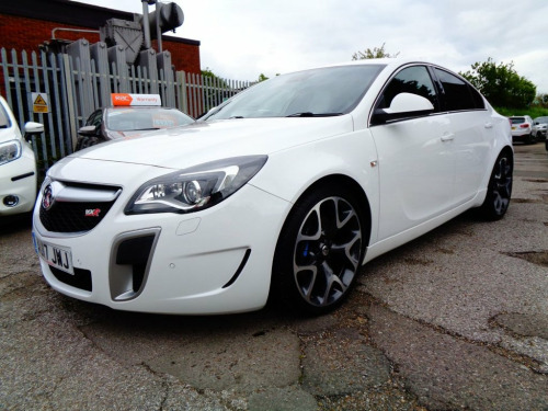Vauxhall Insignia  2.8 VXR SUPERSPORT 4d 320 BHP FULL LEATHER INTERIO