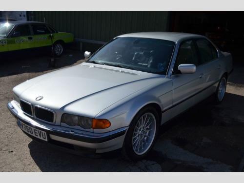 BMW 7 Series  5.4 750i Saloon 4d 5379cc auto